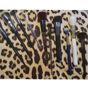 BN Makeup Brushes Bundle Farah Luxue Laruce